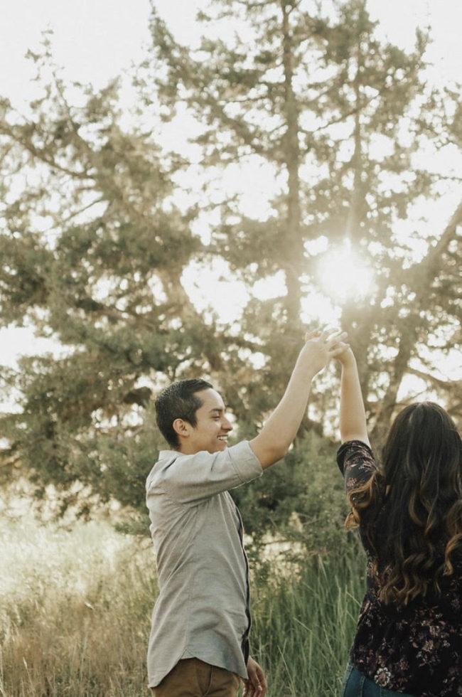 Outdoor Engagement Photos in Utah