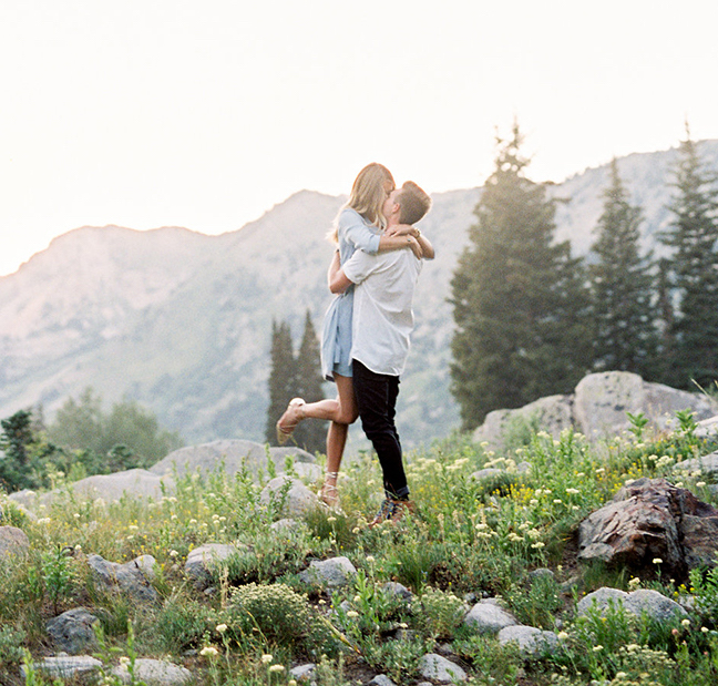 engagement_photo_idea_utah_bride_groom