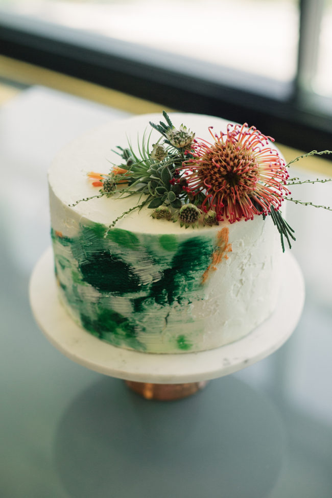 succulent_wedding_cake_topper