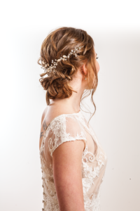gorgeous DIY wedding hair